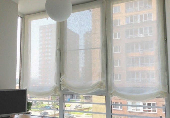 shtory-na-balkon-11